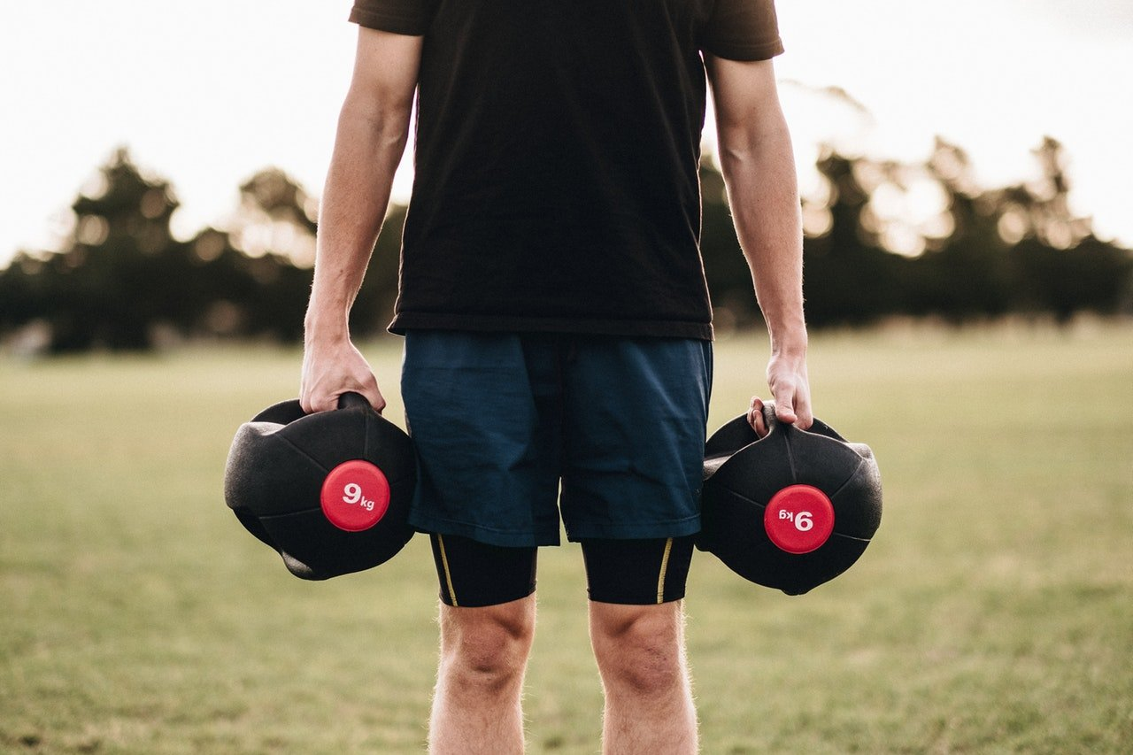 shoulder workout with dumbbells at home